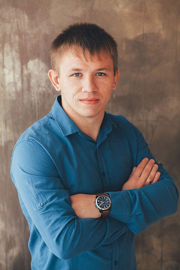 Белоусов Денис Андреевич : тренер по греко-римской борьбе