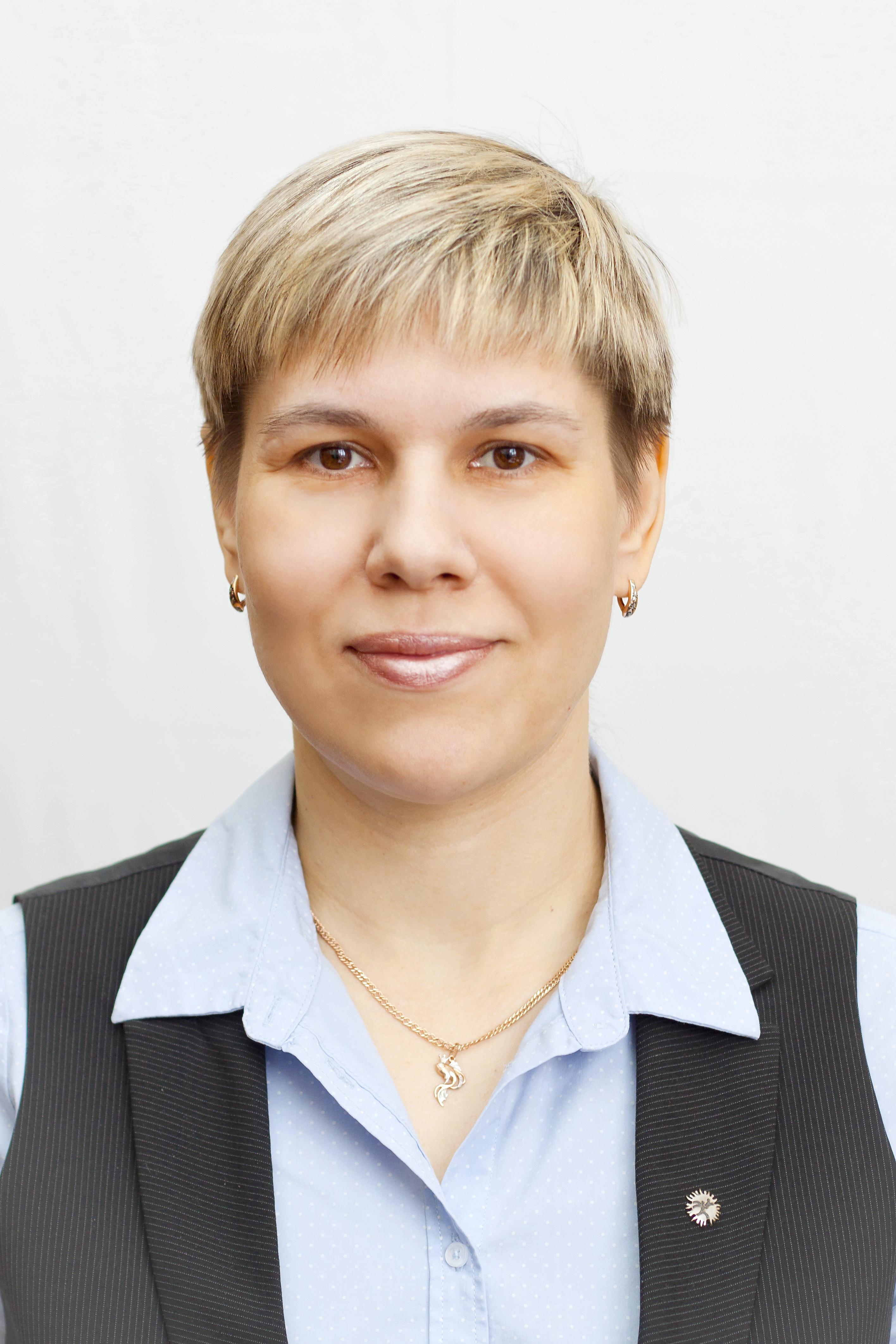 Суходолина Лариса Анатольевна : Инструктор-методист ФСО